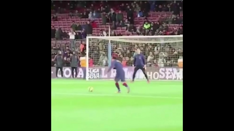 Messi warm-up