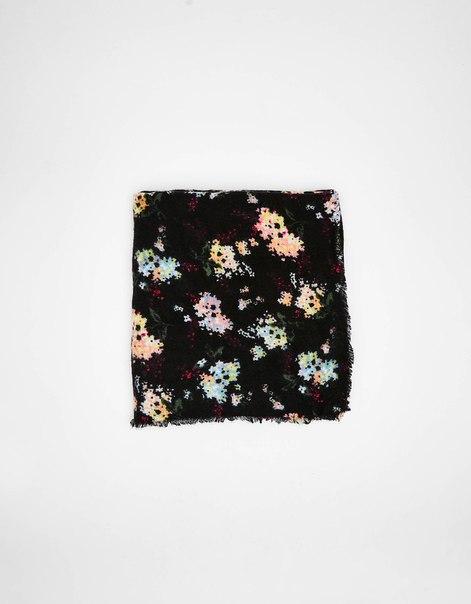 Косынка с цветочным принтом