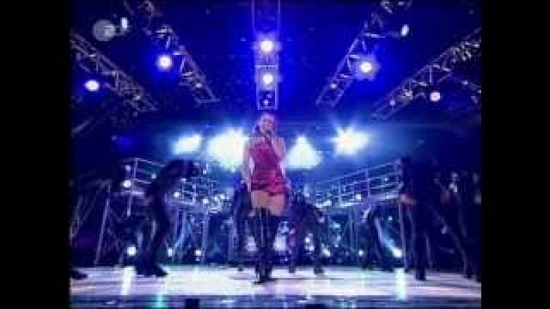 Kylie Minogue - Can't get you out of my head (Live World Music Awards 2002) HD