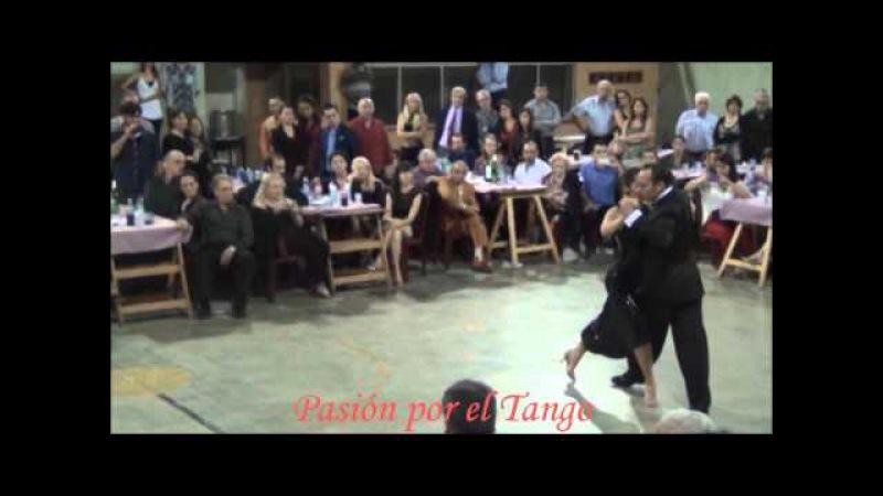 JULIANA MAGGIOLI y MAXIMILIANO CRISTIANI Bailando el Tango TRAGO AMARGO en LA MILONGA DEL MORAN