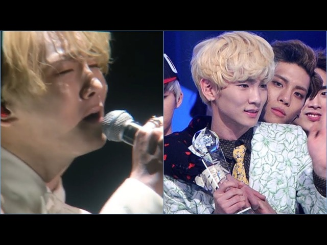 "Key cried, blew kisses and said ""love you"" in English up to the sky to Jonghyun so heartbreaking"