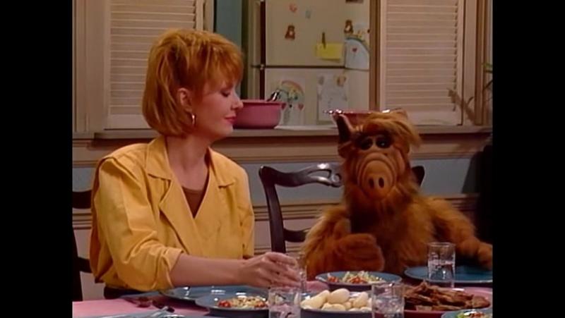 Alf Quote Season 1 Episode 20_Альф за столом