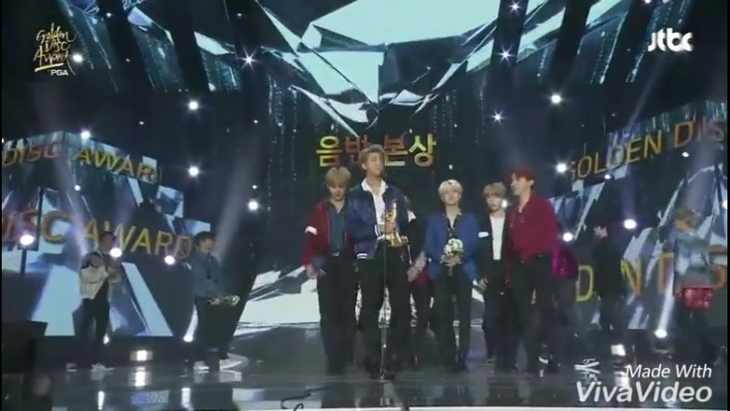 BTS And EXO GDA 2018 Cute And Funny Moments