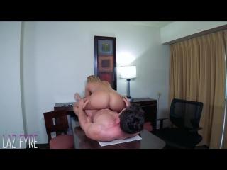 Olivia Austin - [порно блондинка, сочные губы, берет в рот, изменяет жене, секс с шлюхой в отеле, большие сиськи]
