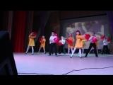 Тёмка первый раз на большой сцене)))..8 Марта!