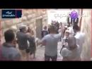 Ces sionistes insultent Prophète Mohamed près de la mosquée d'Al Aqsa et lorsqu'un palestinien va vers eux ils se dispersent en