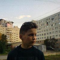 Денис Павлов