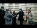 Колядники дуже гарно заспівали в метро Золоті Ворова