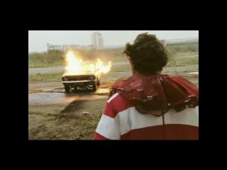 Arctic Monkeys - Fluorescent Adolescent (Official Video)