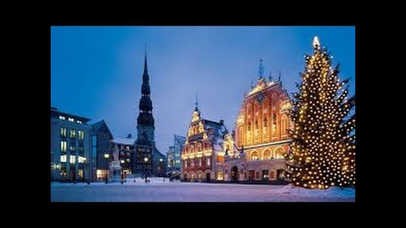 RIGA, after a heavy snowstorm and on a freezing day (LATVIA)