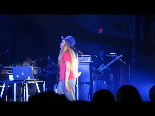 Erykah Badu Robert Glasper - Afro Blue, New Orleans May 4th, 2013