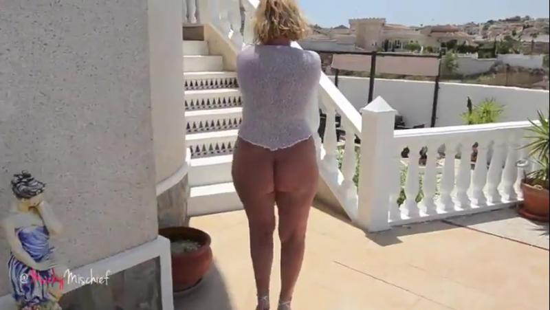 Зрелая сексуальная сорокалетняя блондинка мамка с толстой попкой милф sexy milf mature mom смотреть онлайн без регистрации