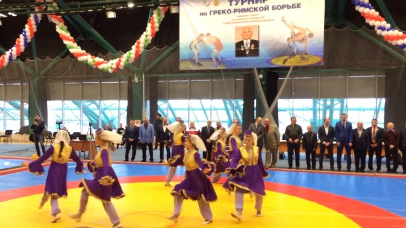 Открытие турнира по греко-римской борьбе🤼♂️🎊🎉 17.11.17...