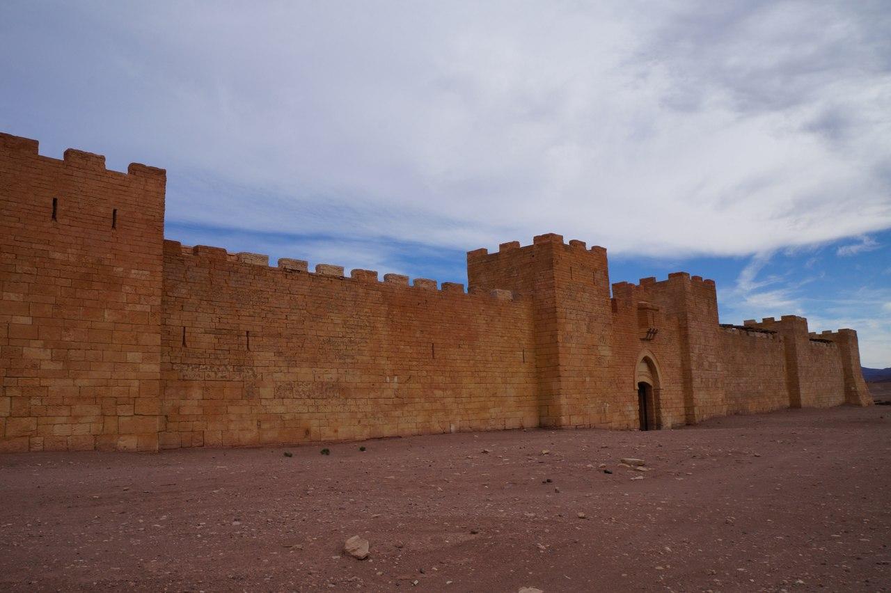 Узнаете этот замок?