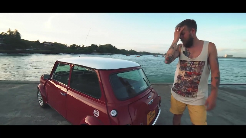 Mini Cooper One и Royal Enfield Model 350. Классика Шри-Ланки. Good Story Surf Camp