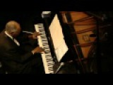 Hank Jones' The Great Jazz Trio - Blue Note, Tokyo, Japan, 2009-02-18