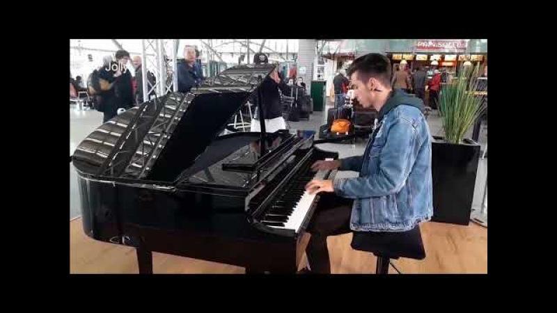 Luis Fonsi - Despacito || AMAZING Street Performers Musicians