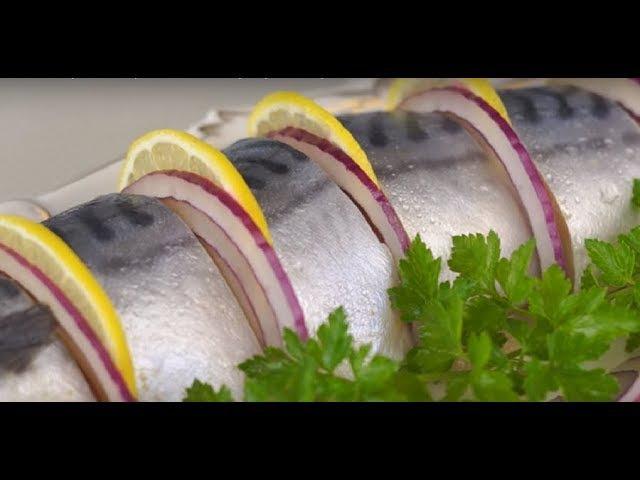 СКУМБРИЯ -КАК КРАСНАЯ РЫБА малосольная пряного посола. scomber.salted mackerel.mackerel pickled.