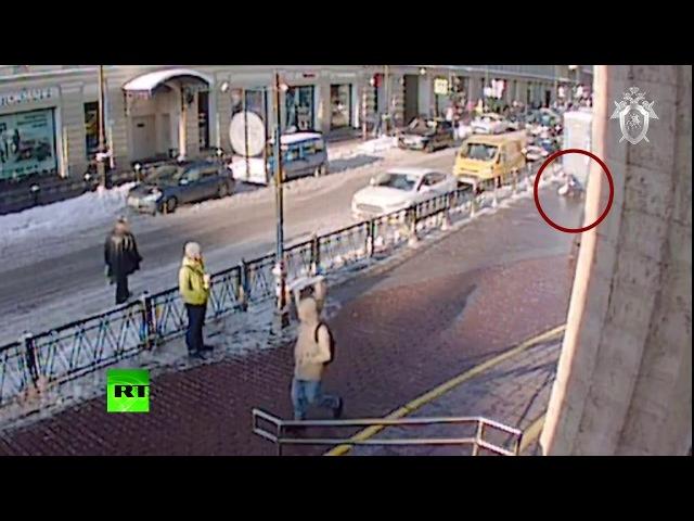 Покушение на убийство девушки в Санкт Петербурге попало на камеру наблюдения