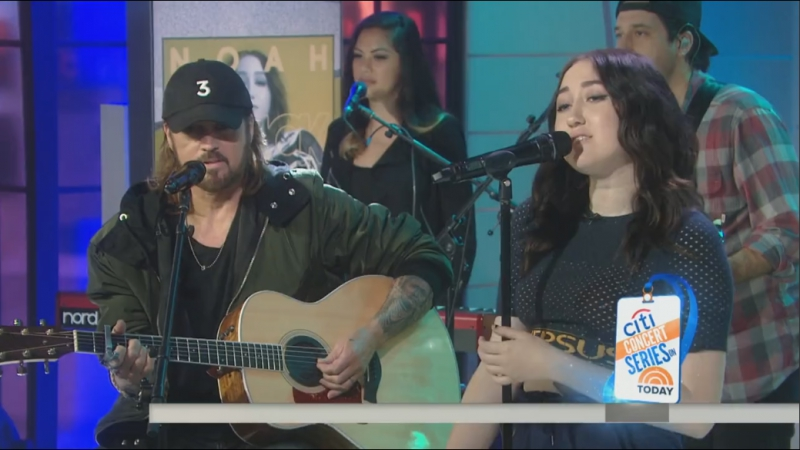 Noah Cyrus Billy Ray Cyrus - I'm Stuck (Live on Today Show)