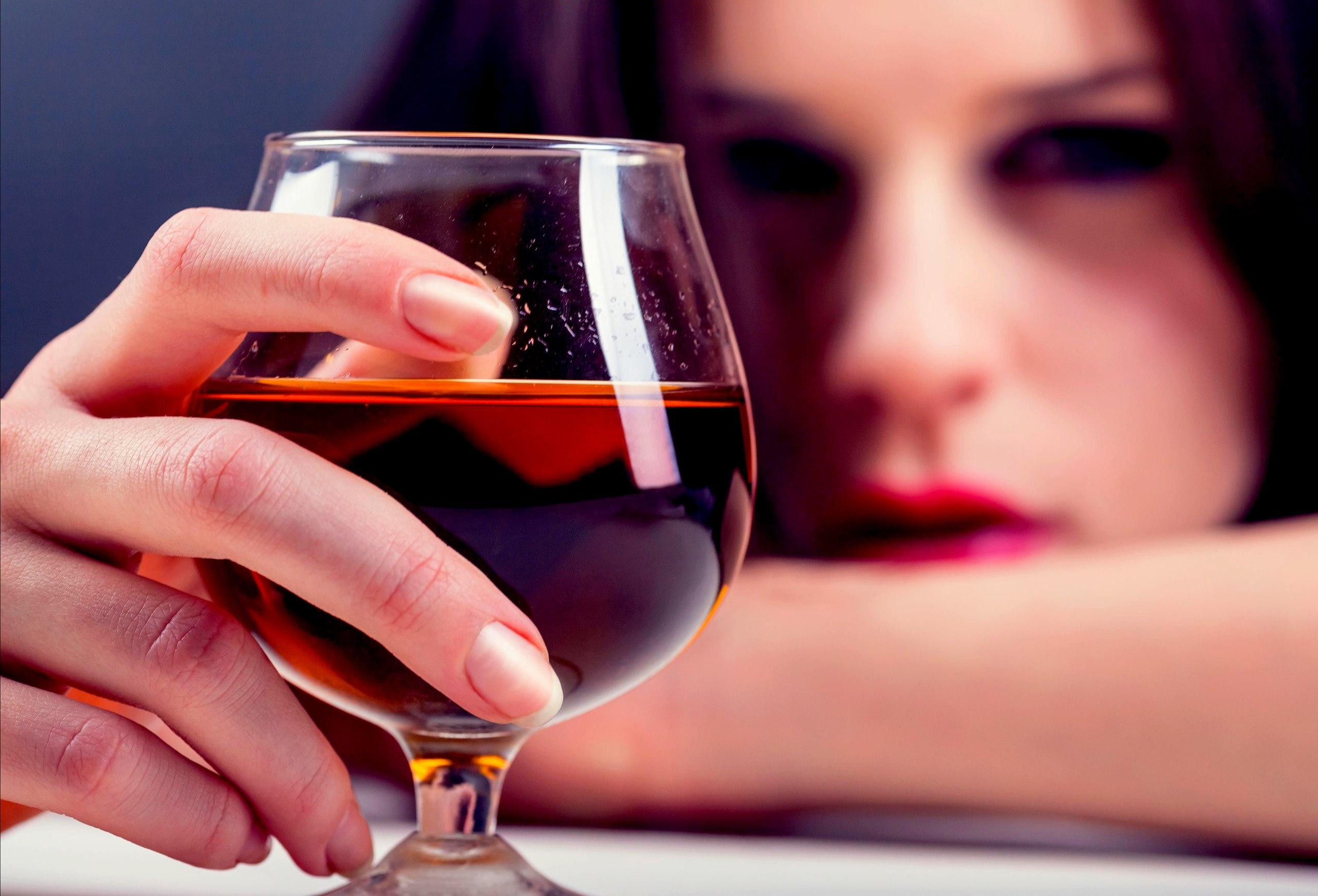 Как мне найти лечение от злоупотребления алкоголем?