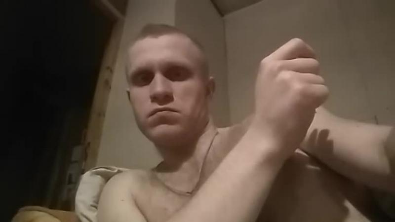 Трахнул друга в жопу видео гонят
