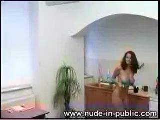 Голая секретарша Suzanna.