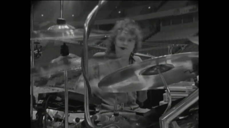 Def Leppard - Pour Some Sugar On Me - 720HD - [ VKlipe.com ]