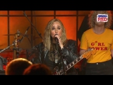 Melissa Etheridge and Orianthi Johnny B. Goode at Skyville Live