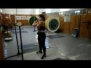 Настя-приседание на груди-100 кг. 11.12.17 г. 35 тренировка. Полусредний вес!