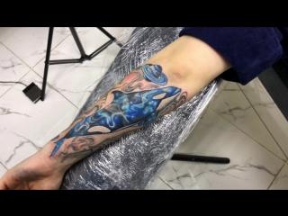 Тату-мастер Серёга Попович (colored tattoo space killer whale)  | Тату - студия Дом Элит Тату (Tattoo Studio Moscow)