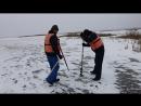 Измерение толщины льда на Сосновоборском водохранилище