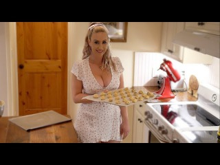 Baking 🍪 with Diggin Britt