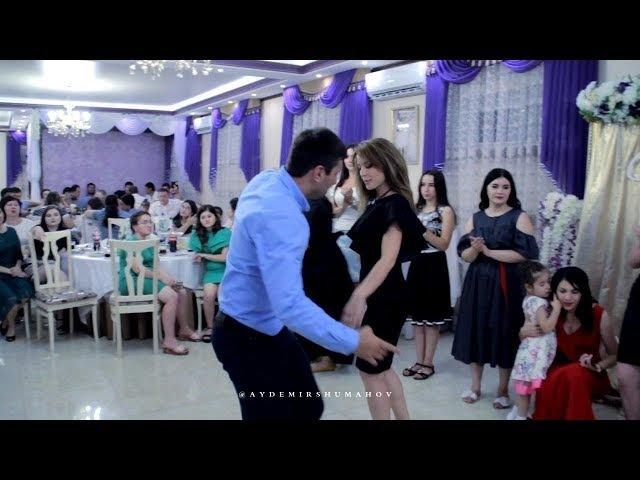 Красивый приятный Черкесский танец