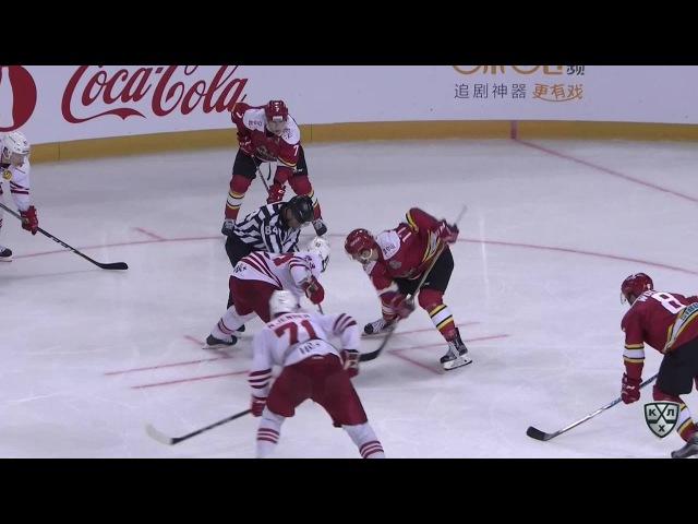 Моменты из матчей КХЛ сезона 16/17 • Удаление. Томми Хухтала (Йокерит) отправлен в бокс на 2 минуты 09.09