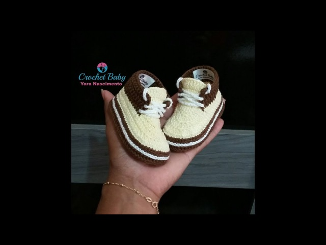 Tênis KAIO de crochê - Tamanho 09 cm - Crochet Baby Yara Nascimento