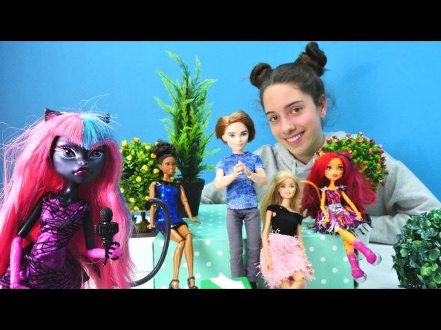 Şarkı yarışması! Barbie ve Monster High oyuncakları