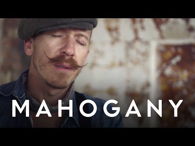 Foy Vance - She Burns Upbeat, Feelgood | Mahogany Session