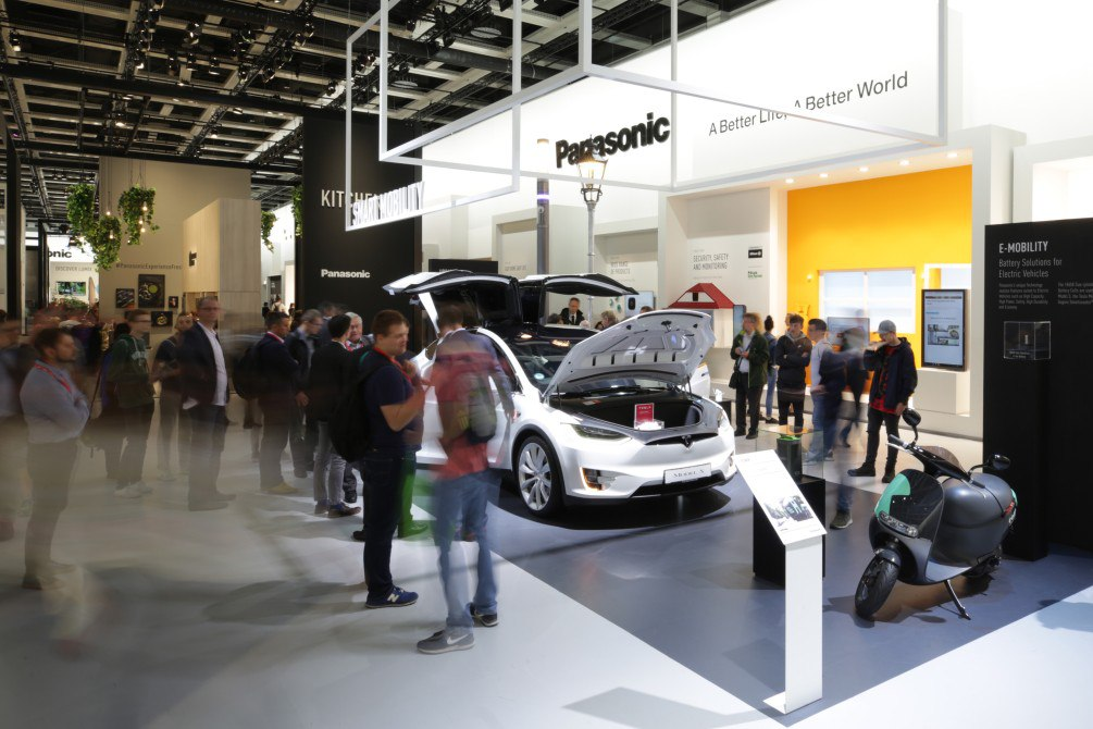 Автомобили TESLA в Краснодаре - купить Tesla в Краснодарском крае