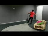 Мы с Никой - крутые!!!:) Сегодня начали учить Аксель. Пока на полу. Для первого раза - отлично!!!