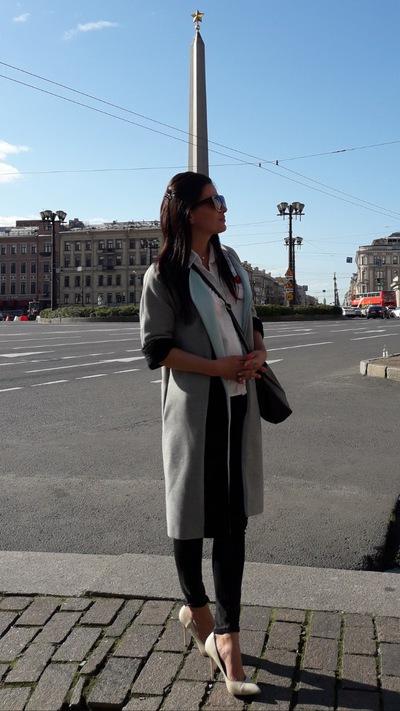 Яна Савина
