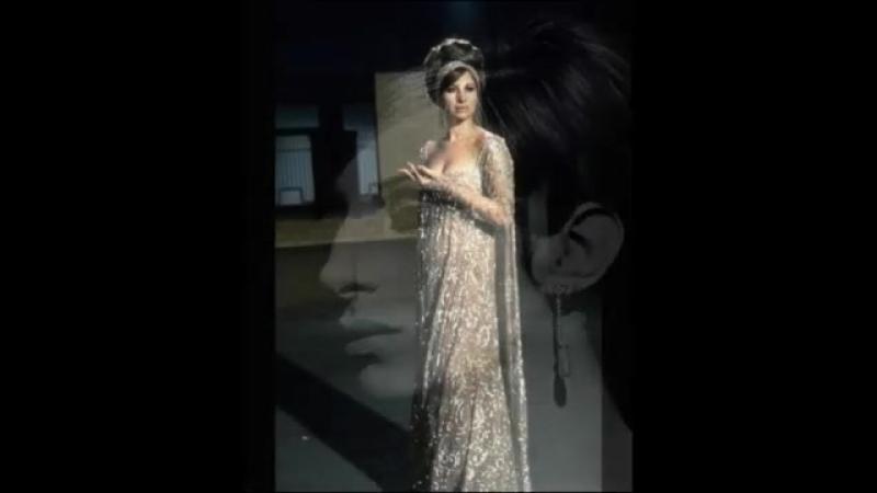 Barbra Streisand - Woman in Love ( Lyrics ).mp4