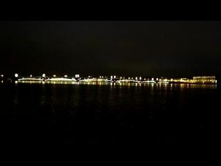 Троицкий мост и Дворцовая набережная