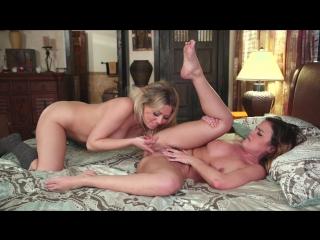 Dillion Harper, Zoey Monroe (Dovefucking Till You Squirt) lesbian sex porno