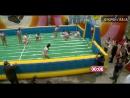 ПРИКОЛЫ 2 Сексуальные ДЕВУШКИ играют в ФУТБОЛ на мокром БАТУТЕ