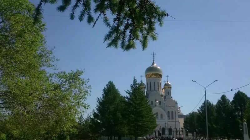 Троицкий сквер. Троице-Владимирский собор. Новосибирск