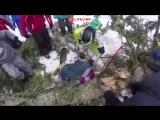 Момент падения сосны на сноубордистку в Роза Хутор. Сочи, 15.02.18