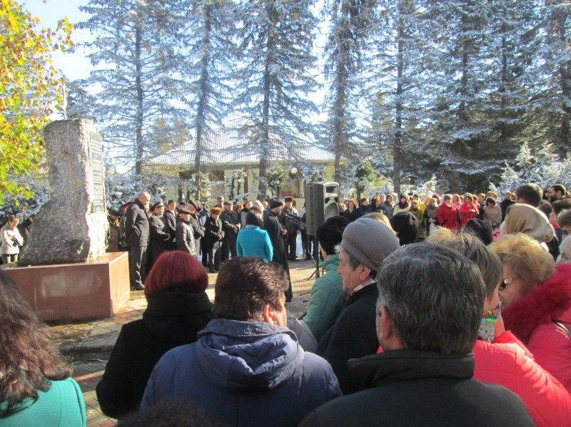 В Зеленчукской прошел траурный митинг