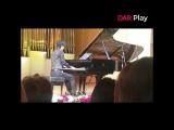 Японский пианист сыграл казахскую народную песню