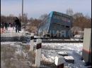 Поезд смел с путей пассажирский автобус сообщением Хабаровск Даниловка MestoproTV
